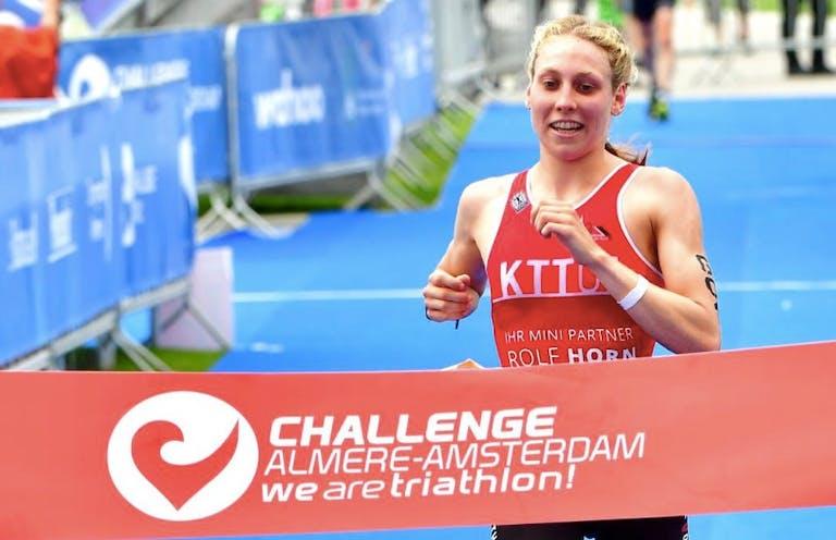 Joost Somsen en Anna Busse met ruime voorsprong naar winst Middle Distance Challenge Almere-Amsterdam