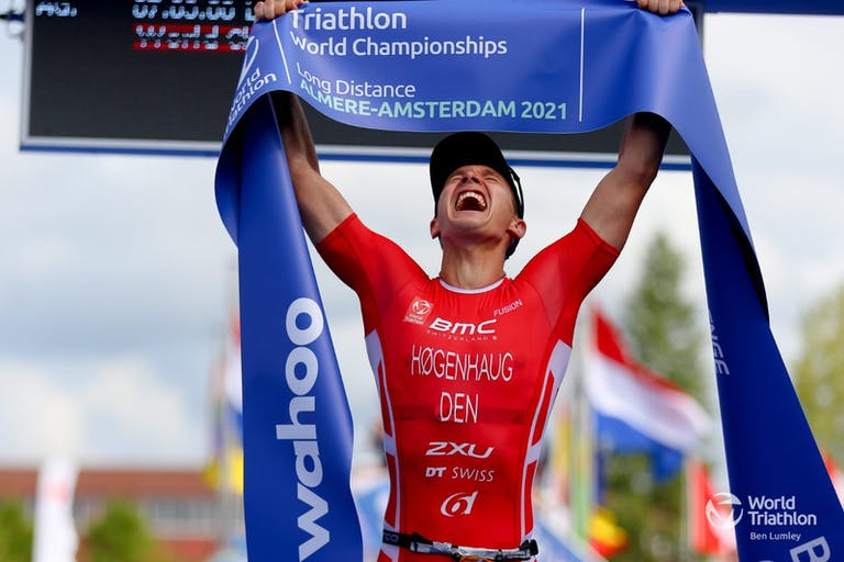 Kristian Hogenhaug and Sarissa de Vries crowned 2021 World Champions in spectacular record-race